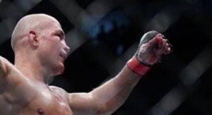 Serrone-legkij-ves-UFC