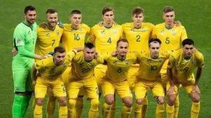 Pretenzii-UEFA-k-sbornoj-Ukrainy – ubrat'-nadpis'-«Slava-geroyam»-s-futbolok
