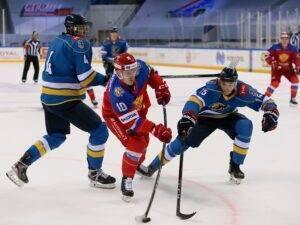 Olimpijskaya-sbornaya-Rossii-proigrala-Avngardu-na-Sochi-Hockey-Open